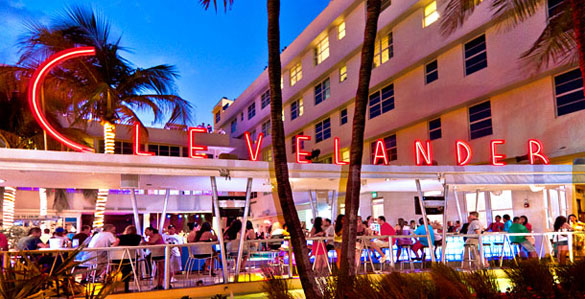Top Miami Bars Amp Lounges Collins Avenue Hotels Clubs